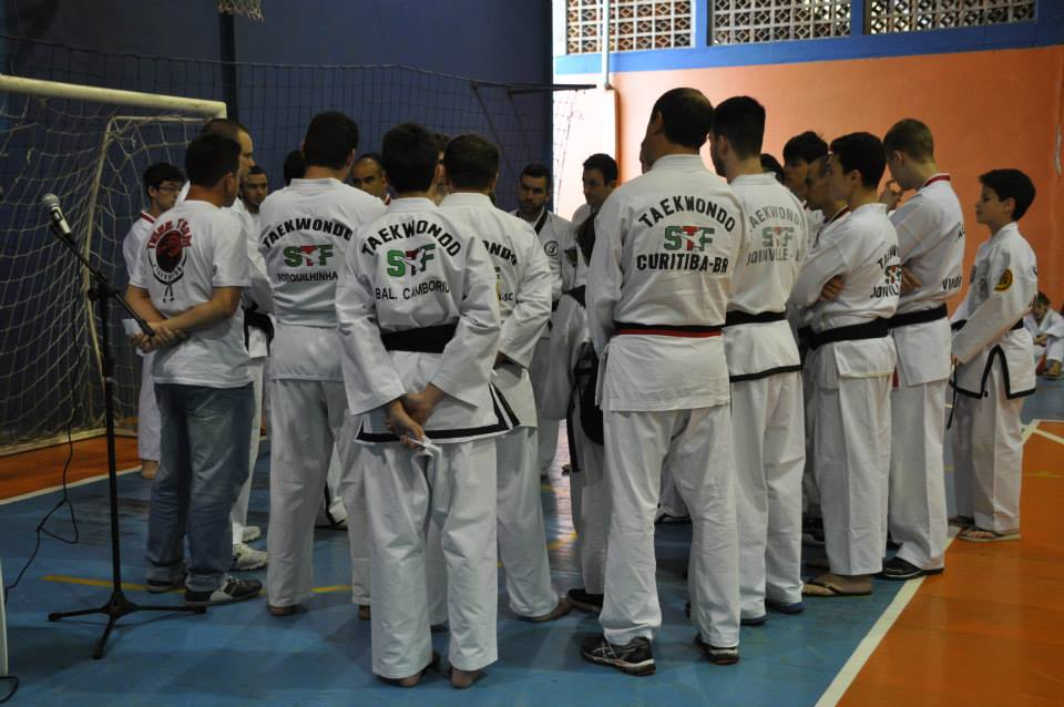 "Copa Barreto Taekwondo 2015  - <i class=""fa fa-download""></i> <a href=""../images/galeria/copa_barreto_2015/foto_13.jpg"" target=""_blank"" download>Download</a>"