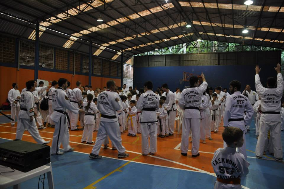 "Copa Barreto Taekwondo 2015  - <i class=""fa fa-download""></i> <a href=""../images/galeria/copa_barreto_2015/foto_19.jpg"" target=""_blank"" download>Download</a>"