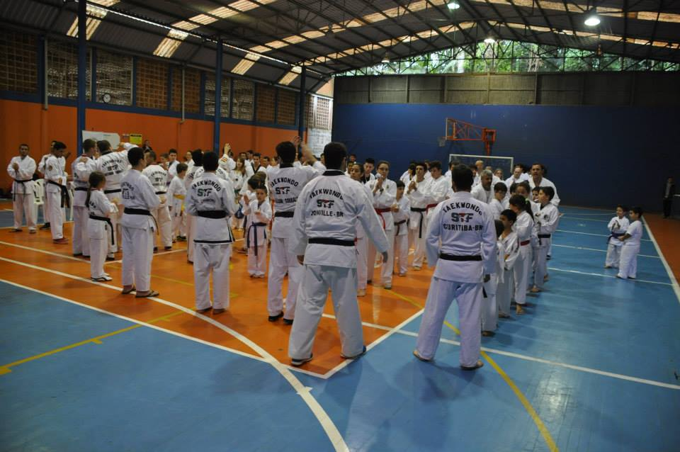 "Copa Barreto Taekwondo 2015  - <i class=""fa fa-download""></i> <a href=""../images/galeria/copa_barreto_2015/foto_20.jpg"" target=""_blank"" download>Download</a>"