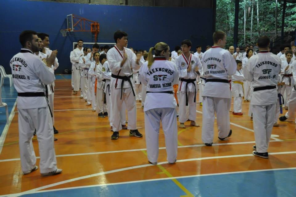 "Copa Barreto Taekwondo 2015  - <i class=""fa fa-download""></i> <a href=""../images/galeria/copa_barreto_2015/foto_22.jpg"" target=""_blank"" download>Download</a>"
