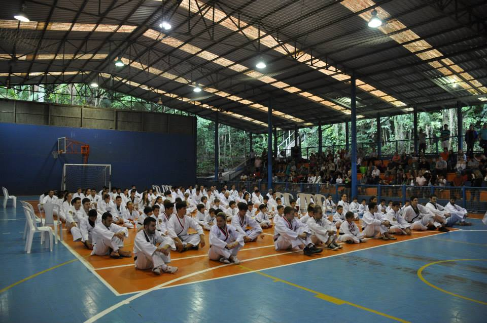 "Copa Barreto Taekwondo 2015  - <i class=""fa fa-download""></i> <a href=""../images/galeria/copa_barreto_2015/foto_25.jpg"" target=""_blank"" download>Download</a>"