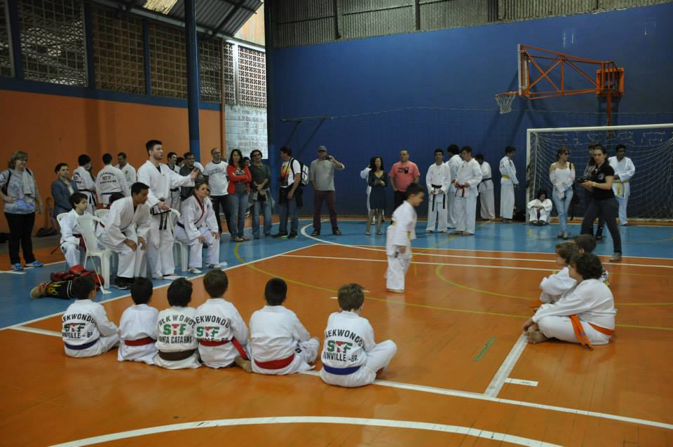 "Copa Barreto Taekwondo 2015  - <i class=""fa fa-download""></i> <a href=""../images/galeria/copa_barreto_2015/foto_46.jpg"" target=""_blank"" download>Download</a>"