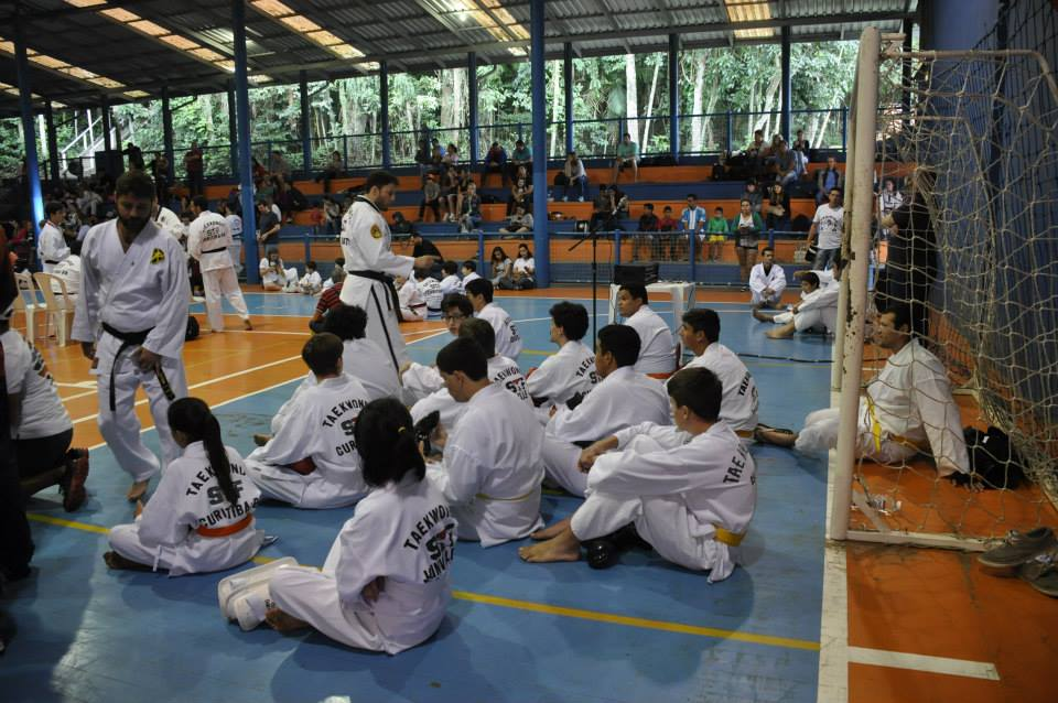 "Copa Barreto Taekwondo 2015  - <i class=""fa fa-download""></i> <a href=""../images/galeria/copa_barreto_2015/foto_71.jpg"" target=""_blank"" download>Download</a>"