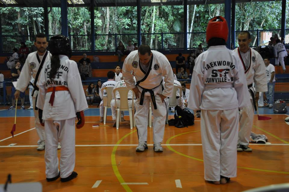 "Copa Barreto Taekwondo 2015  - <i class=""fa fa-download""></i> <a href=""../images/galeria/copa_barreto_2015/foto_83.jpg"" target=""_blank"" download>Download</a>"