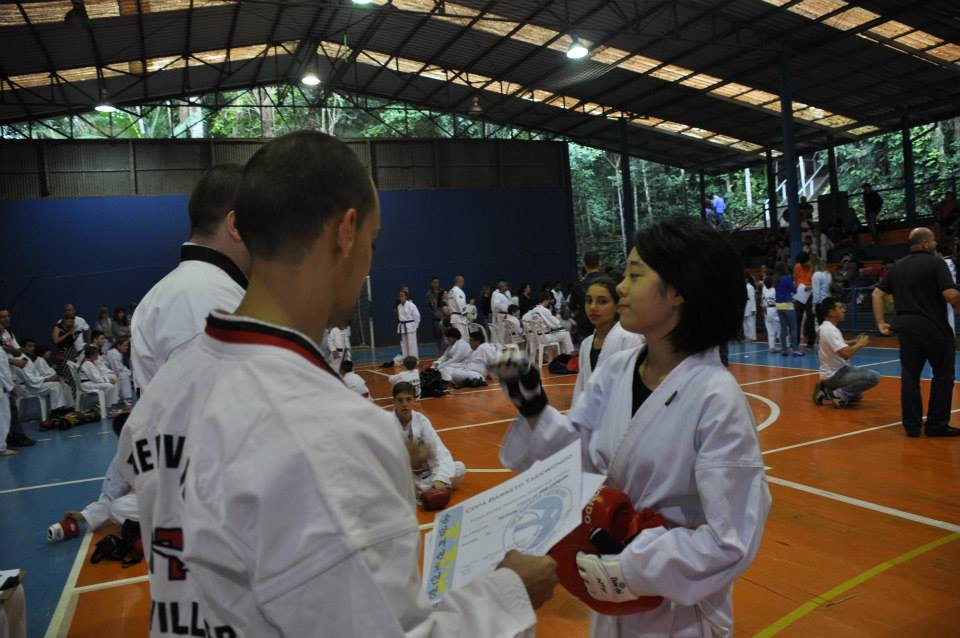 "Copa Barreto Taekwondo 2015  - <i class=""fa fa-download""></i> <a href=""../images/galeria/copa_barreto_2015/foto_87.jpg"" target=""_blank"" download>Download</a>"