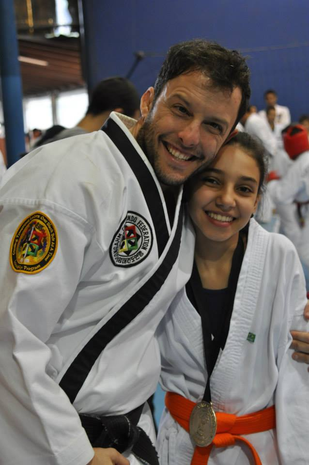 "Copa Barreto Taekwondo 2015  - <i class=""fa fa-download""></i> <a href=""../images/galeria/copa_barreto_2015/foto_89.jpg"" target=""_blank"" download>Download</a>"