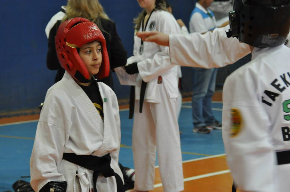 "Copa Barreto Taekwondo 2015  - <i class=""fa fa-download""></i> <a href=""../images/galeria/copa_barreto_2015/foto_98.jpg"" target=""_blank"" download>Download</a>"